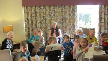 Hawthorn Court welcomes colourful visit from Nursery Time