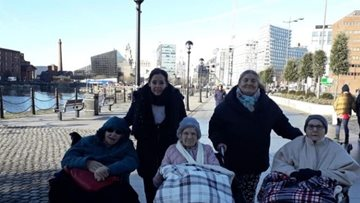 Runcorn care home enjoys day trip to Liverpool