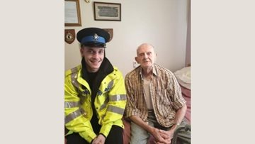 Residents enjoy community visit at Rotherham care home