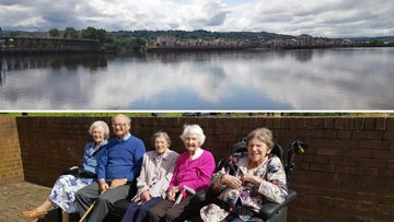 A visit to Quayside in the sunshine for Whitley Bay care home