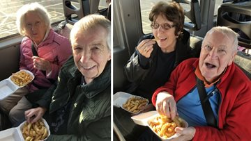 Kirkwood Court Residents enjoy fresh sea air with trip to coast