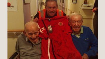 Football fans at Walsall care home receive early Christmas present