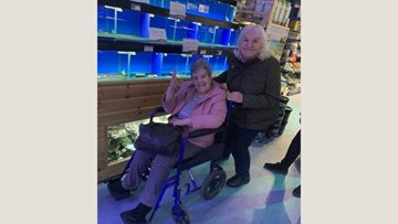 Eckington care home Residents enjoy trip to garden centre