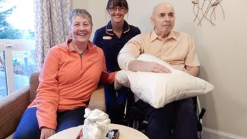 Husband and wife receive thoughtful gift from Dundee care home