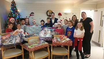Swallownest care home receives kind donation from local community