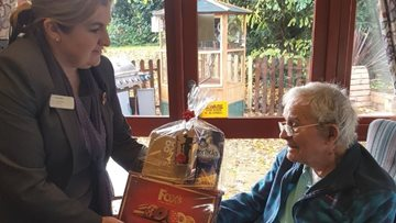 Beeston care home Resident receives kind birthday gift