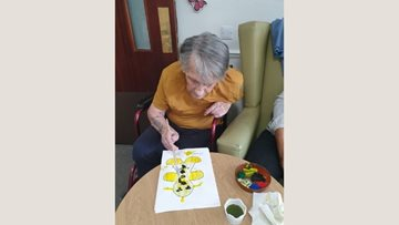 Mitcham care home enjoys 'stop the clock' session