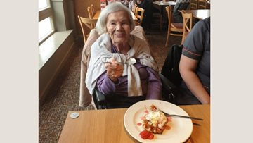 Sweet surprise for 103rd birthday celebrations at Kesteven Grange