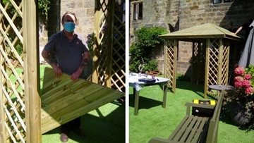 Duffield care home put up new gazebo ready for outdoor visits