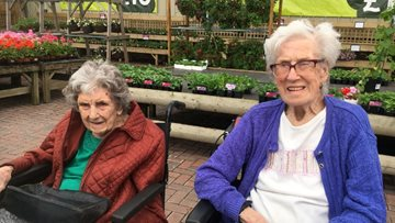 Floral blooms enjoyed by Pudsey care home Residents