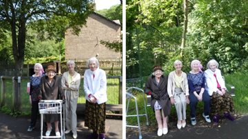 Hebburn care home visits Jesmond Dene Animal Centre