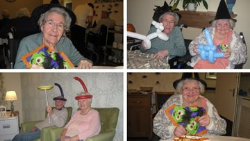 Hinckley care home Residents enjoy magical afternoon for Halloween