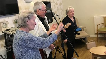 Coventry care home is alive with the sound of music
