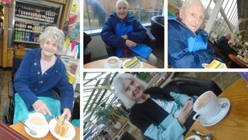 Appleton Manor enjoys spring-time trip to Wyevale Garden Centre