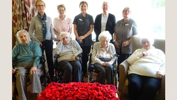 Harrogate care home supports Mayor's poppy appeal