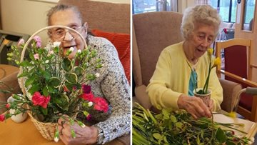 Tameside Residents brighten up their day with flower arranging