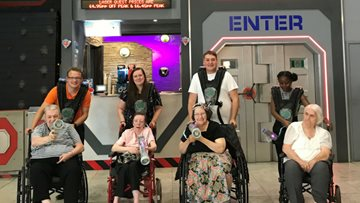 Brookdale Residents Visit the Trafford Centre