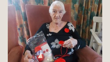 Consett care home knitting club prepares for Remembrance Day