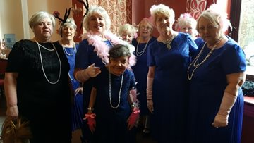Pendleton Court enjoy performance from The Mature Movers