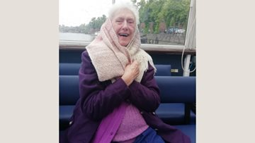 Chester care home Residents enjoy River Dee cruise
