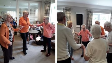 Entertainer performs songs of the 60s at Newton Aycliffe care home