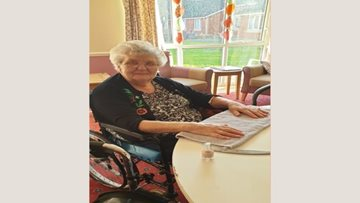 Callands care home Residents enjoy pamper afternoon