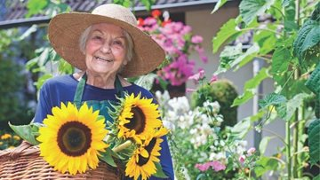 Callands care home's new Resident gardening club