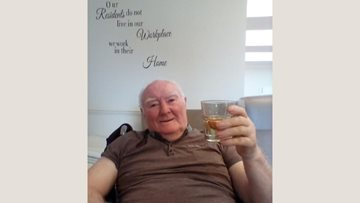 A Father's Day tipple celebration for Yorkshire care home