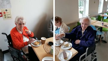 Cuppa and Catch up at Cromwell School Café