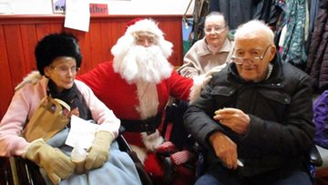 Hinckley Park shines bright with Christmas light celebrations