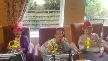 Class act performs at Dukinfield care home