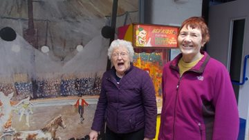 Jesmond care home Residents visit Discovery Musuem