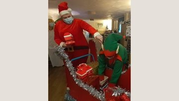 Pre-Christmas party at Caerphilly care home