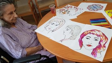 Durham care home Residents get creative in new art class