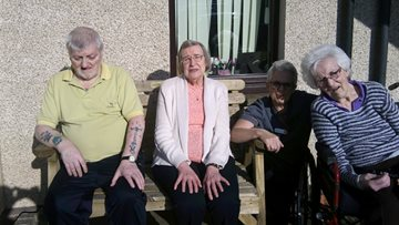 Memorial bench donated to Arbroath care home