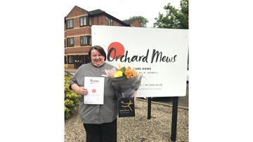 Orchard Mew's Senior Housekeeper receives Long Service Award