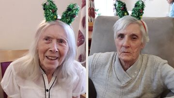 Manchester care home Residents enjoy a festive 'Elf Day'