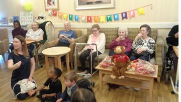 Boogie Beats lighten up the room at Nottingham care home