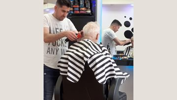 Pamper day as Pudsey care home Resident enjoys trip to Turkish barbers