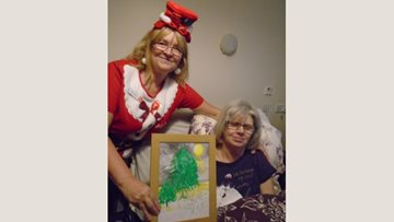 The Beeches Resident rewarded for creative Christmas card design