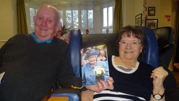 Couple celebrates Diamond wedding anniversary at Warrington care home