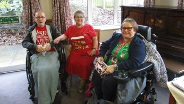 Festive fun as Wigston care home celebrates Christmas