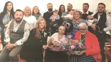 Kirknowe Resident Celebrates 100th Birthday