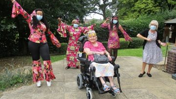 Hinckley care home travels back to the groovy 1960's