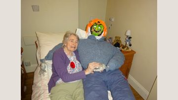 Bonfire night crafts at Bridport care home