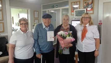 Couple celebrates ruby wedding anniversary at Stanley care home