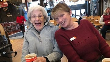 Lincoln care home Residents enjoy fish and chips at Skegness