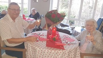 Newcastle care home helps couples celebrate Valentine's Day