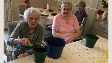 Green-fingered Residents prepare for spring at Silverwood
