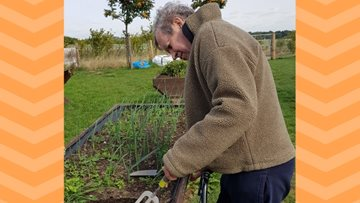 Green-fingered Residents enjoy day at the farm